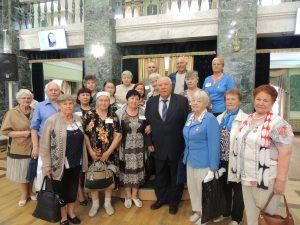 На фото: Участники мероприятия, посвященного Дню памяти и скорби в г. Челябинск
