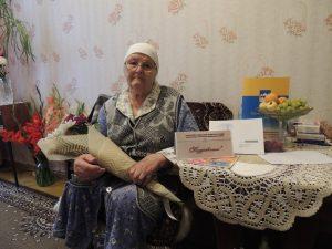 На фото: ветеран Великой Отечественной войны – Алпатова Анна Евстафьевна.