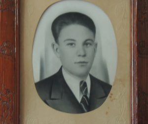 и ее супруг Юрий Иванович