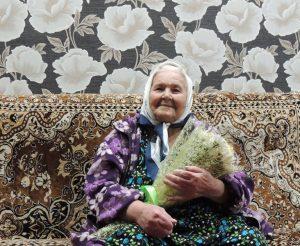 На фото: ветеран Великой Отечественной войны – Авдеева Любовь Николаевна.